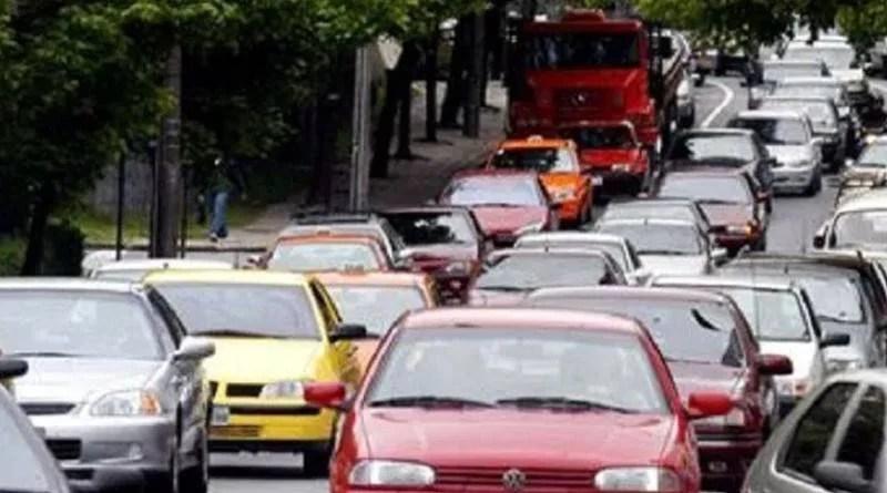 Aprovado projeto que impede apreensão de veículo com IPVA atrasado, na Paraíba