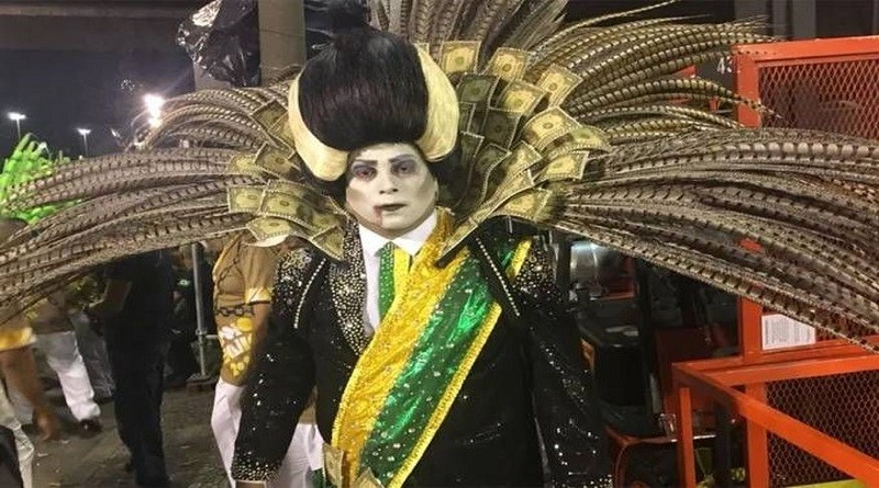 Beija-Flor é a campeã do Carnaval 2018 no Rio de Janeiro; Tuiuti fica vice