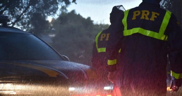 PRF alerta sobre cuidados ao dirigir  durante período chuvoso