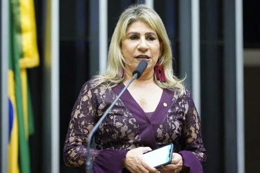 ATUAÇÃO: Deputada Edna Henrique comemora a liberação de R$ 7 milhões para instalação do Centro de Hemodiálise e UTI, que beneficiará todo Cariri paraibano