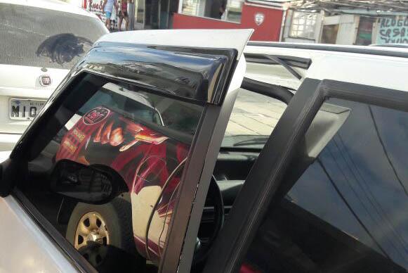 Loja e dois veículos são arrombados em Ingleses