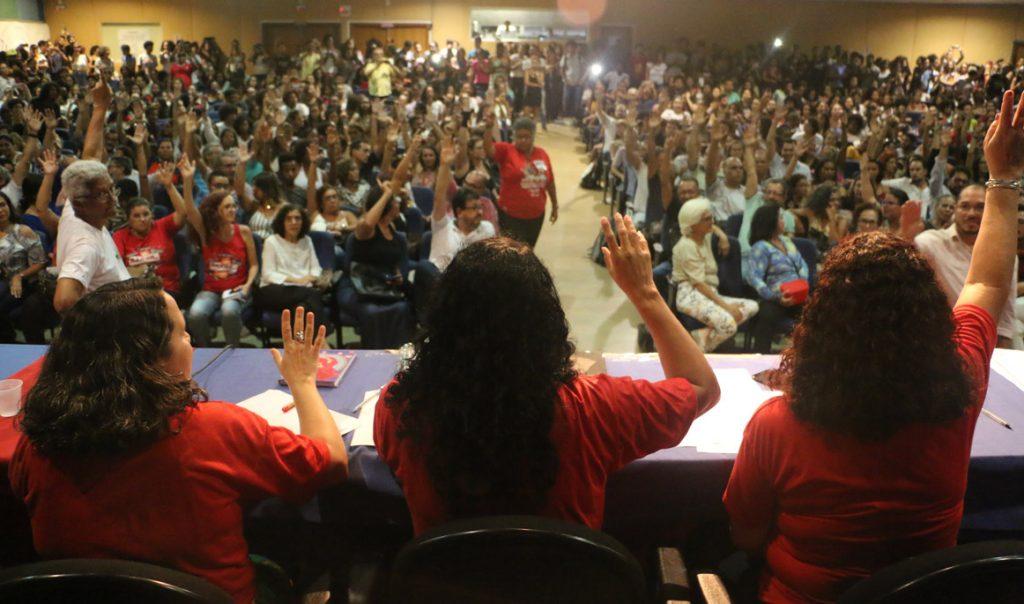 Resultado de imagem para uesc ilheus professores em greve