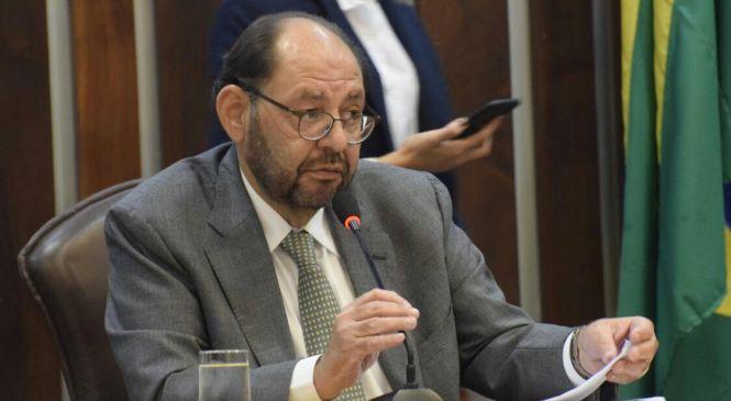 Gustavo Carvalho propõe incentivo à educação de Alexandria e região.