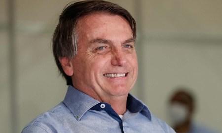05.06.2020 - Águas Lindas/GO - Presidente da República, Jair Bolsonaro ,durante chegada em Águas Lindas de Goiás. Foto: Alan Santos/PR