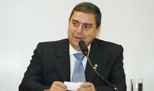 Marcelo Melo não apoia Iris Rezende e desiste de disputar mandato de deputado federal