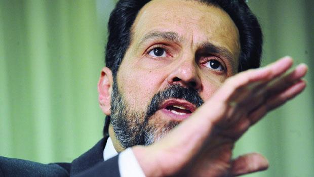 Ex-chefe da Petrobrás poderia ser exemplo de consciência a líderes do PT e PMDB