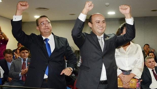 Sandoval Cardoso é eleito novo governador do Tocantins