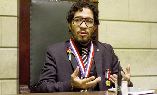 Jean Wyllys: aproveitando o linchamento para atacar apresentadora do SBT /  Foto: Paulo Negreiros/ Divulgação