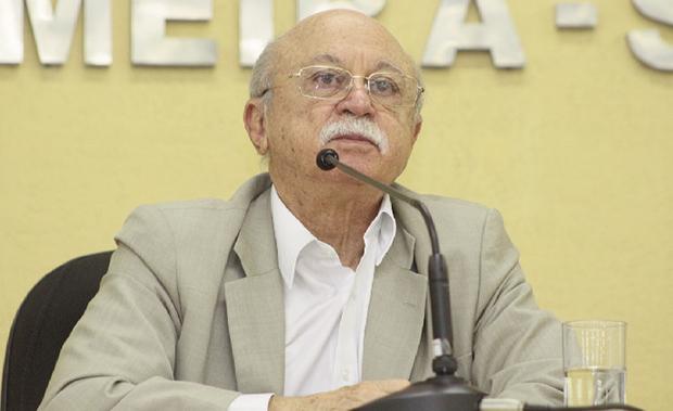 "Roberto Amaral, vice-presidente do PSB: ""grilo falante"" de Eduardo Campos / Foto: J.R.ROIZ"
