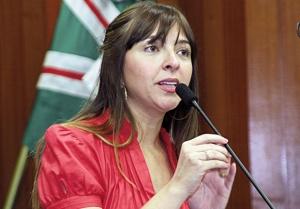 """Vereadora Tatiana Lemos: """"A prefeitura está passando por cima da lei e do Plano Diretor de Goiânia"""" Foto: Alberto Maia/Câmara"""