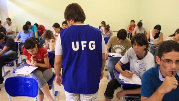 UFG abre concurso com salários de até R$ 3.666 para técnico-administrativos