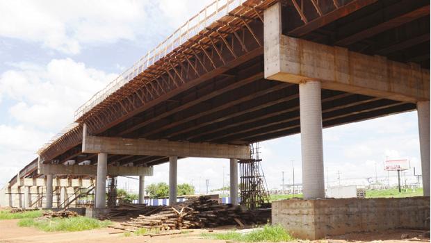 Viaduto do Daia, quando estiver pronto, trará grandes benefícios / Foto: Fernando Leite -  Jornal Opção