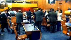 Projeto foi aprovado em primeira votação. Discussão da matéria gerou debates acalorados. Fotos: Marcello Dantas/Jornal Opção Online