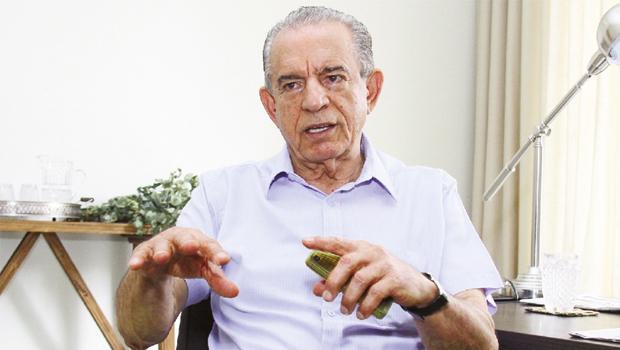 Ex-governador não para reunião no diretório do PMDB e enviou carta dizendo que se pronunciará no próximo dia 9. Foto: Fernando Leite/Jornal Opção