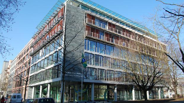 Itamaraty confirma ataque à embaixada brasileira em Berlim