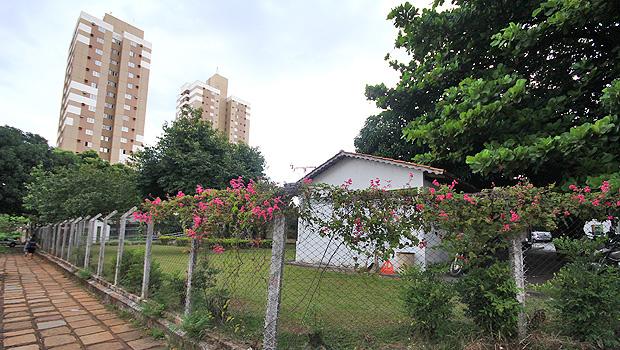 Terreno onde está a Secretaria Municipal de Goiânia é uma das áreas a serem permutadas pelo Paço Municipal. Foto: Fernando Leite/Jornal Opção
