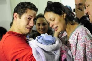Barbará foi recebida com emoção.   Foto: Carlos Macedo/Agencia RBS