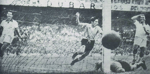 Ghiggia vira o jogo para o Uruguai: era o Maracanazo