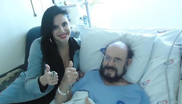 Zé do Caixão passa por hemodiálise