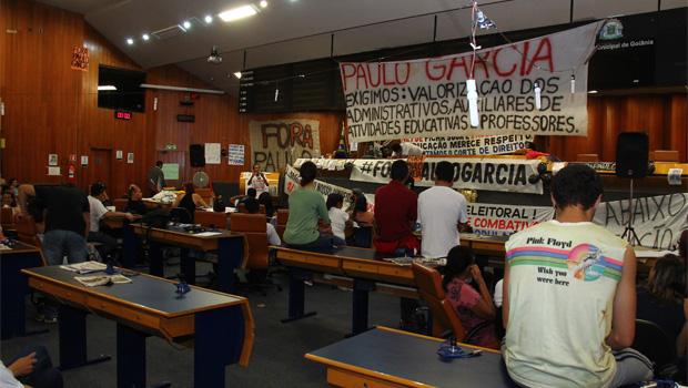 Clécio Alves recua em decisão e suspende desocupação da Câmara de Goiânia