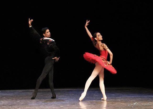 Marcos e Amanda, representantes brasileiros em Gala no Cazaquistão