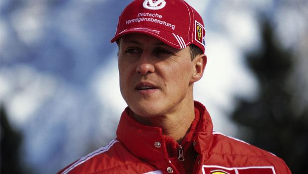 """Fora do coma, Schumacher """"ainda viaja entre consciência e inconsciência"""""""