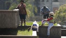 Mortes de moradores de rua em 2013 em Goiânia é tema de programa da TV Brasil