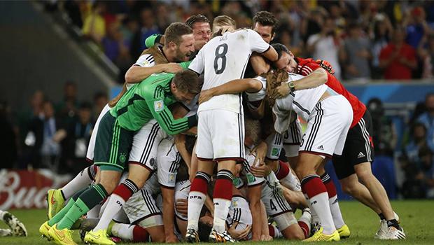 """Diferentemente de 2010 e 2014, Copa do Mundo deste ano não terá """"clube"""" campeão"""
