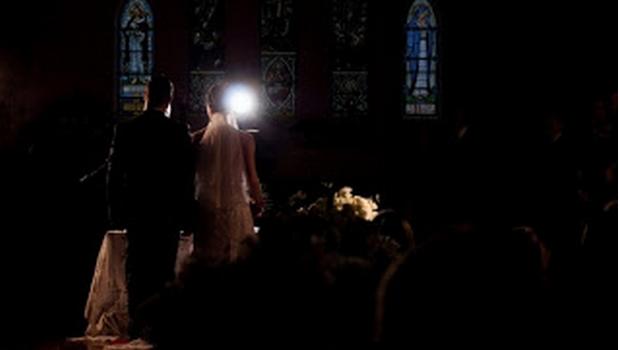 Celg terá que indenizar noivos em R$ 40 mil por falta de energia em casamento, decide TJGO