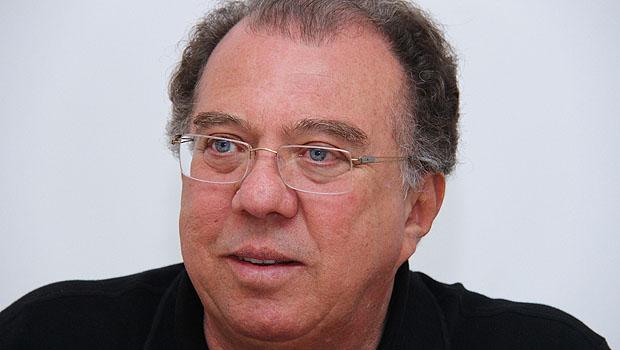 Frederico Jayme afirma que pedido de expulsão do PMDB contra ele foi arquivado; comissão do partido desmente