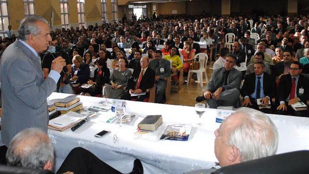 Ex-prefeito de Goiânia e candidato ao governo esteve em evento evangélio neste sábado   Foto: Divulgação