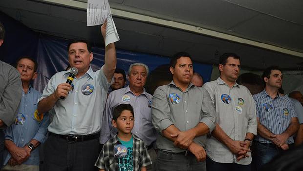 Marconi ressalta feitos de sua gestão e tece críticas a adversários durante reunião de campanha