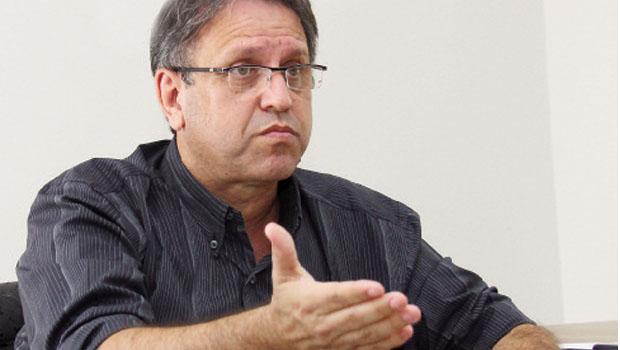 Ex-governador Marcelo Miranda, do PMDB: no direito de ser candidato a mais um mandato no Palácio Araguaia  Foto: Fernando Leite/Jornal Opção