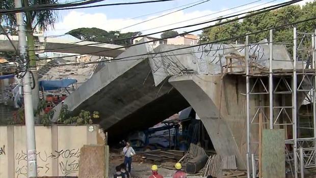 Viaduto cai em Belo Horizonte: exemplo de obra feita a toque de caixa e sem planejamento para a Copa do Mundo | Foto: Reprodução/TV Globo