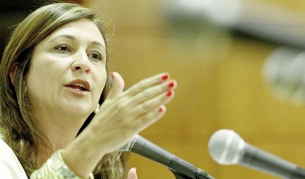 Senadora Kátia Abreu: duras críticas ao governo