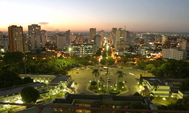 Prefeitura recebe propostas de duas empresas para a requalificação da Praça Cívica