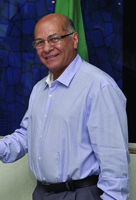 Professor Alcides Ribeiro Filho, vice de Vanderlan: agenda cheia