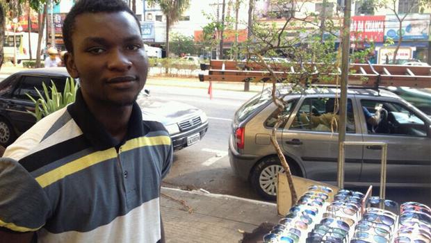 Estrangeiros ambulantes: a busca pelo pão do dia a dia na capital goiana
