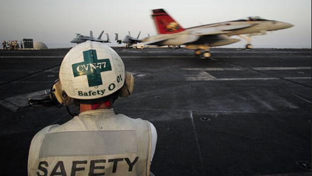 Reino Unido, Bélgica e Dinamarca anunciam ataques aéreos contra Estado Islâmico