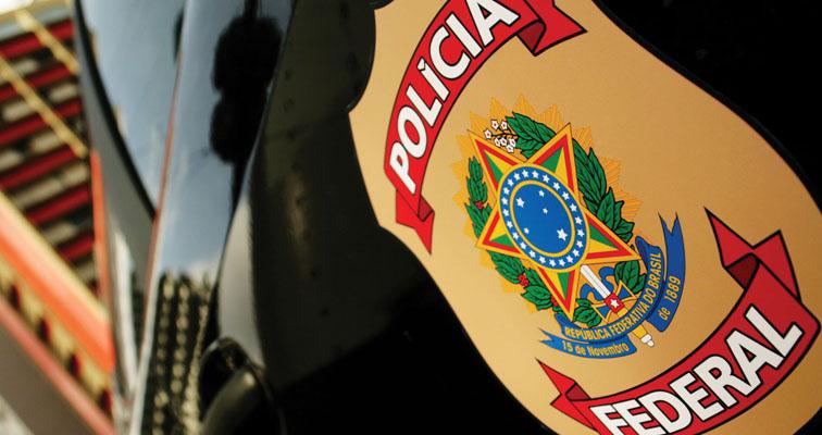 PF confirma que homem detido com R$ 116 mil em jatinho atuava na campanha de Fernando Pimentel, em Minas