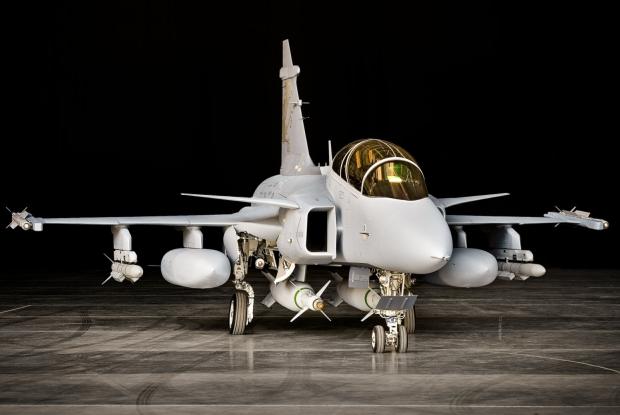 Caça sueco Saab Gripen NG. Avião de combate será fabricado no Brasil e despertou interesse argentino