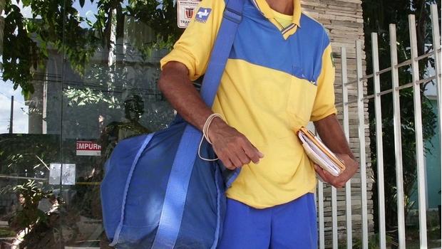 Correios anunciam 102 novos carteiros para Goiás