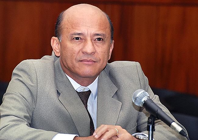 Lívio Luciano, se eleito, fortalece o Poder Legislativo, por sua consistência nas questões econômicas