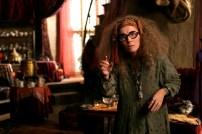 Professora de adivinhação de Hogwarts, Sybill Patricia Trelawney Foto: Divulgação