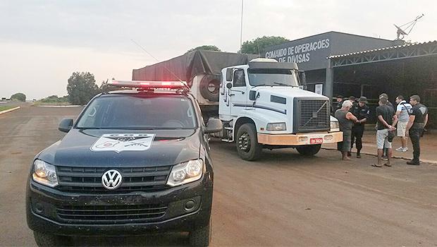 Duas toneladas de maconha são apreendidas na divisa de Goiás com Mato Grosso do Sul