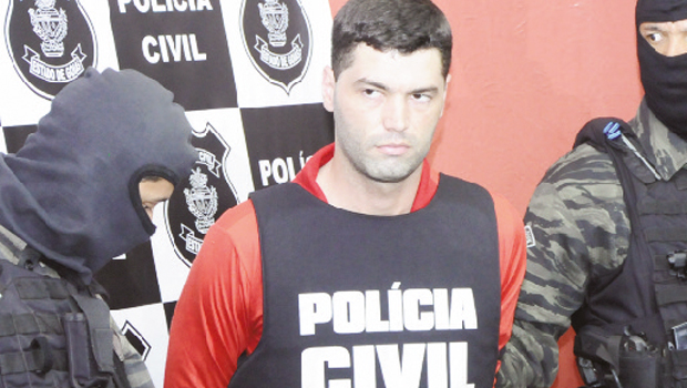 Suposto serial killer Tiago Henrique teria tentado suicídio, mas foi socorrido por bombeiros | Foto: Fernando Leite/Jornal Opção