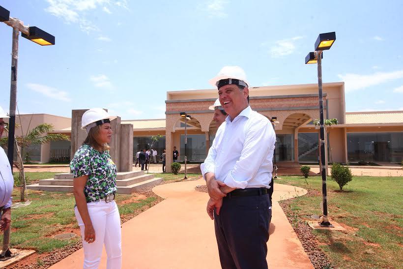 Para Marconi Perillo, construção dos Credeqs em Goiás é uma demanda social