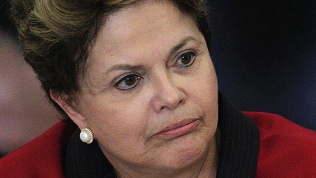 Presidente Dilma, sempre mal humorada: dificuldade para achar ministro | Foto: Ueslei Marcelino/Reuters