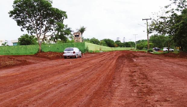 Continuação da Avenida Parque, próxima ao Residencial Granville (acima), pode ser entregue já neste ano   Fernando Leite/Jornal Opção