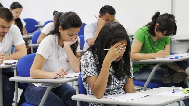 Pesquisa: número de jovens no ensino médio aumenta pouco mais de 7% em 6 anos